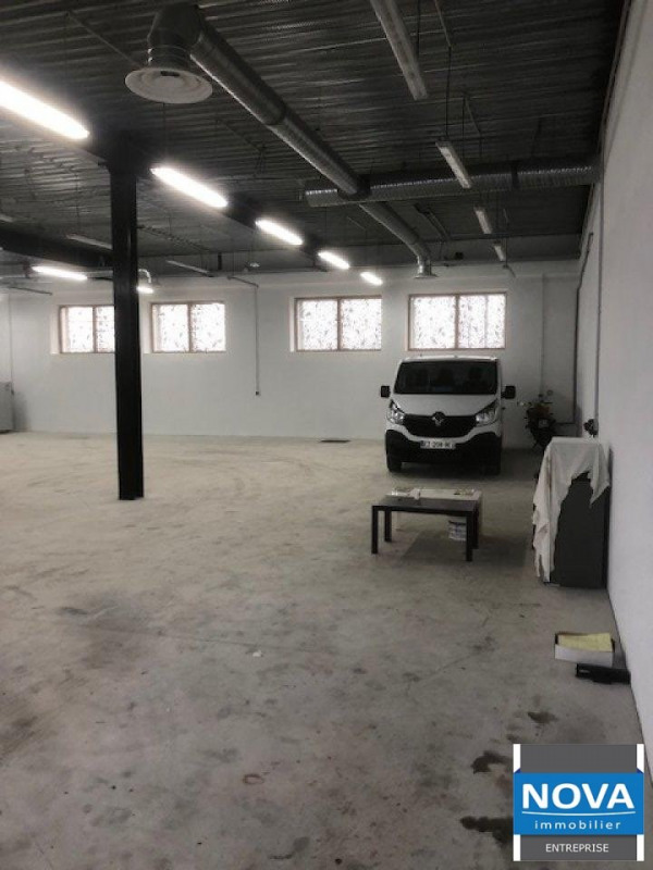 Location local commercial Gonesse 5000€ HT/HC - Photo 3