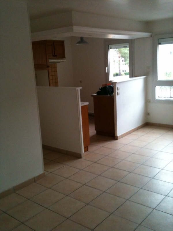 Rental apartment Osny 760€ CC - Picture 3