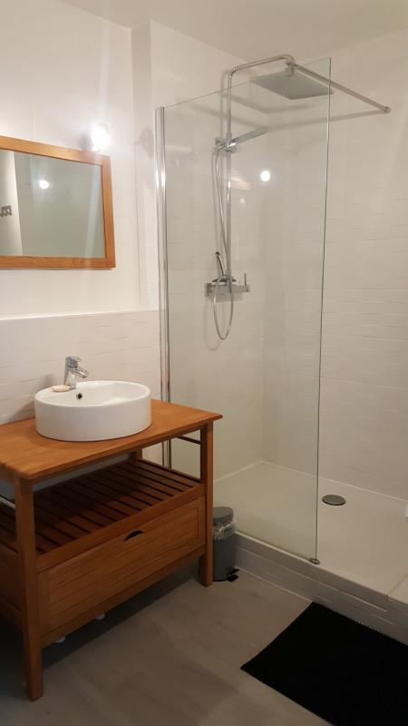 Location appartement Fréjus 830€ CC - Photo 9