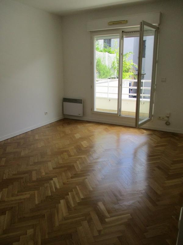 Rental apartment La garenne colombes 990€ CC - Picture 5