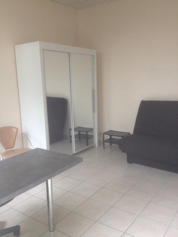 Location appartement Tarbes 360€ CC - Photo 4