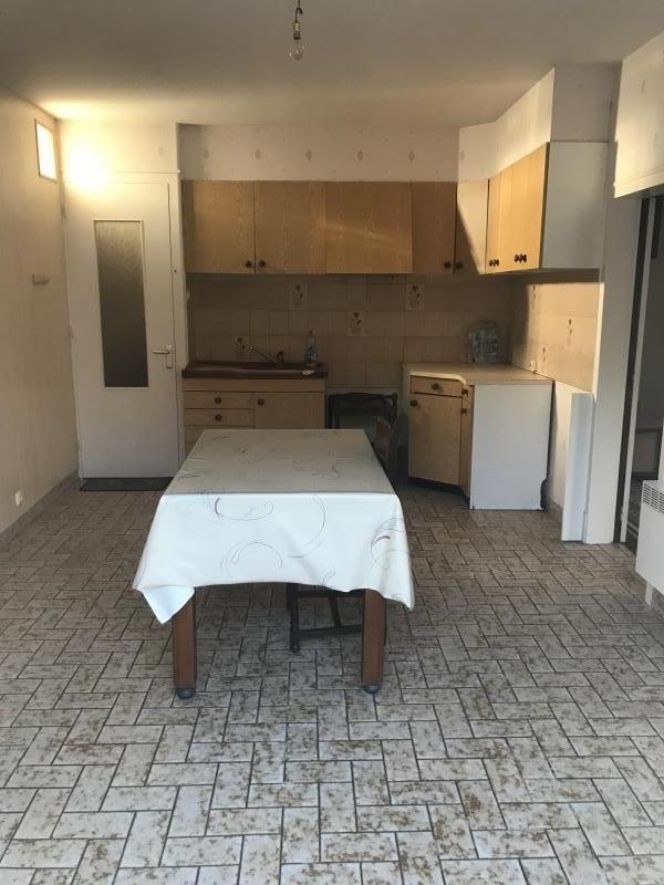 Sale house / villa Le fief sauvin 96500€ - Picture 3