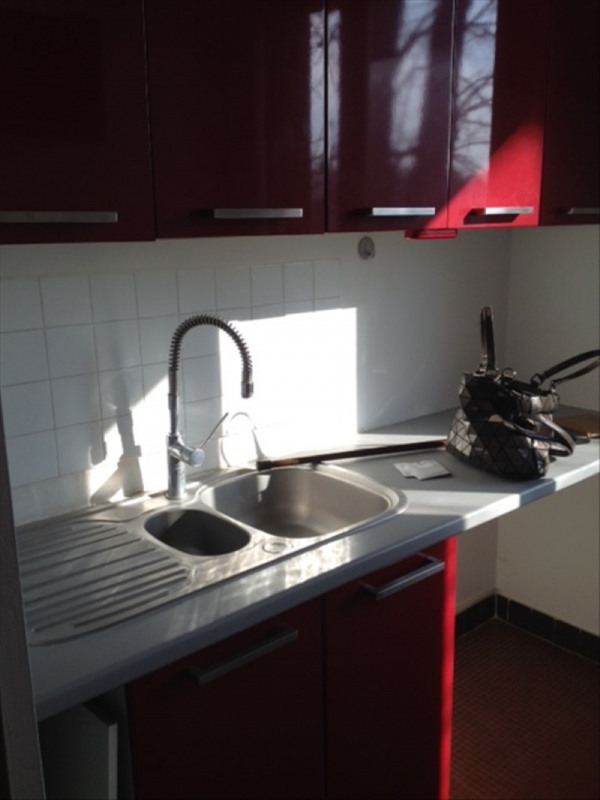 Rental apartment Marly le roi 930€ CC - Picture 3