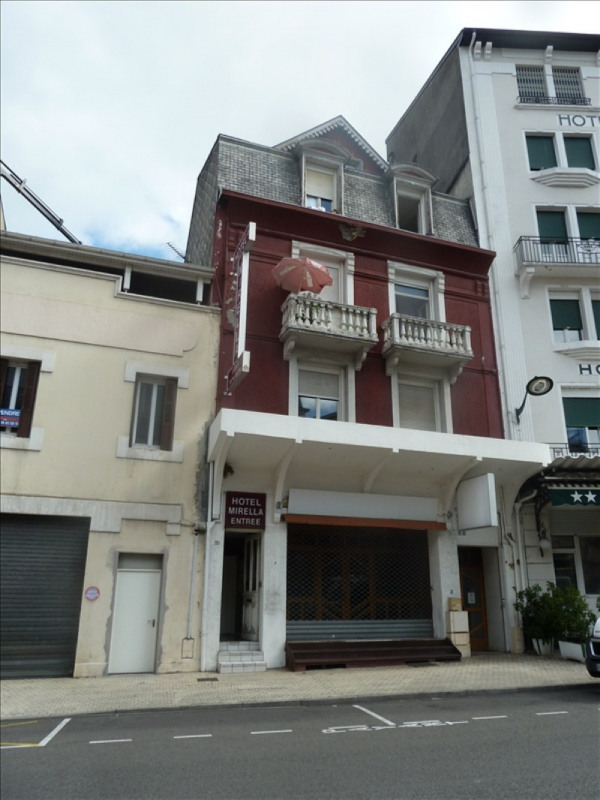 Sale building Lourdes 162 000€ - Picture 1