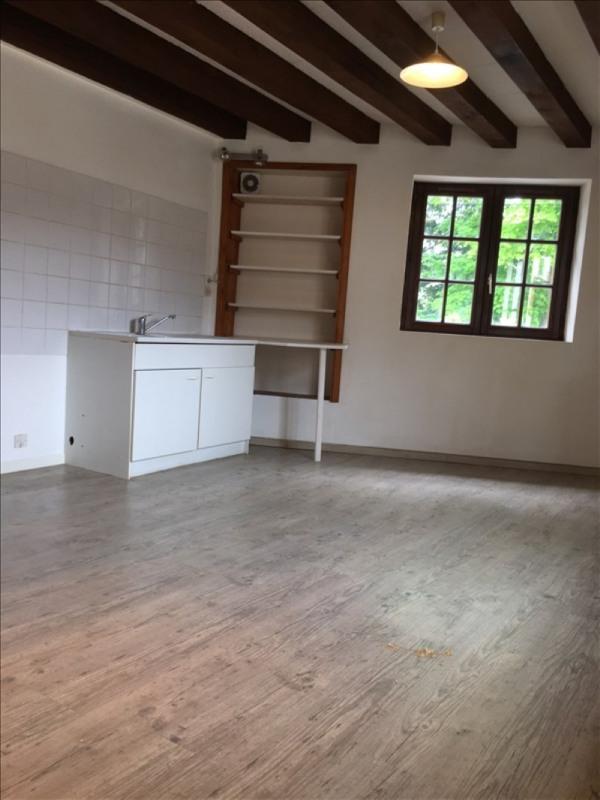 Rental apartment Germigny l eveque 575€ CC - Picture 2
