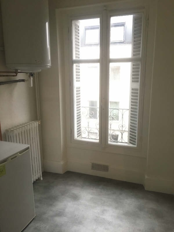 Location appartement Poitiers 336€ CC - Photo 2