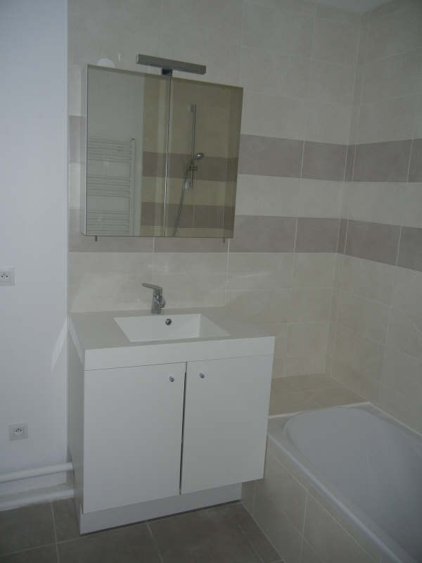 Location appartement Coublevie 793€ CC - Photo 6