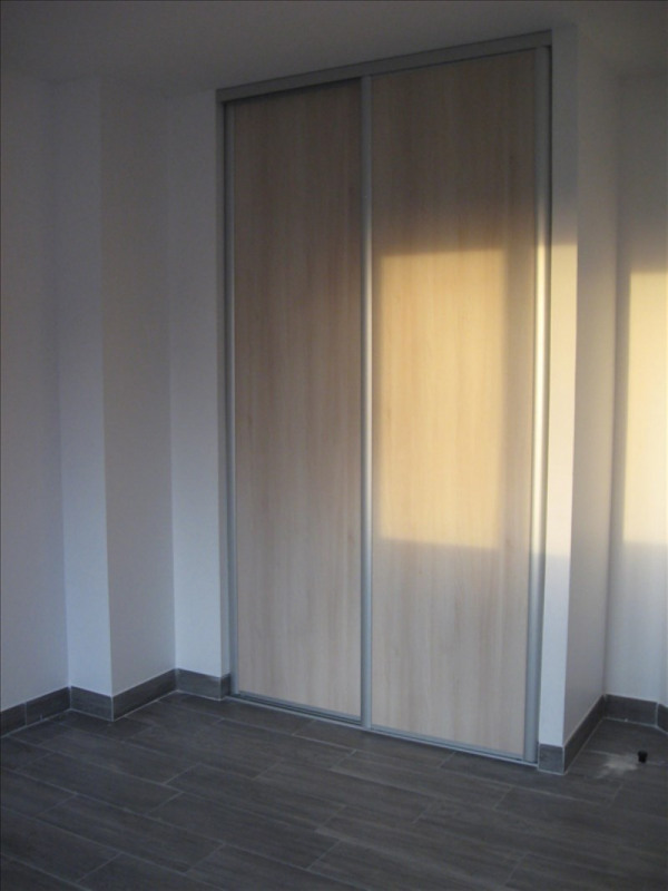 Location maison / villa St vulbas 1 020€ CC - Photo 9