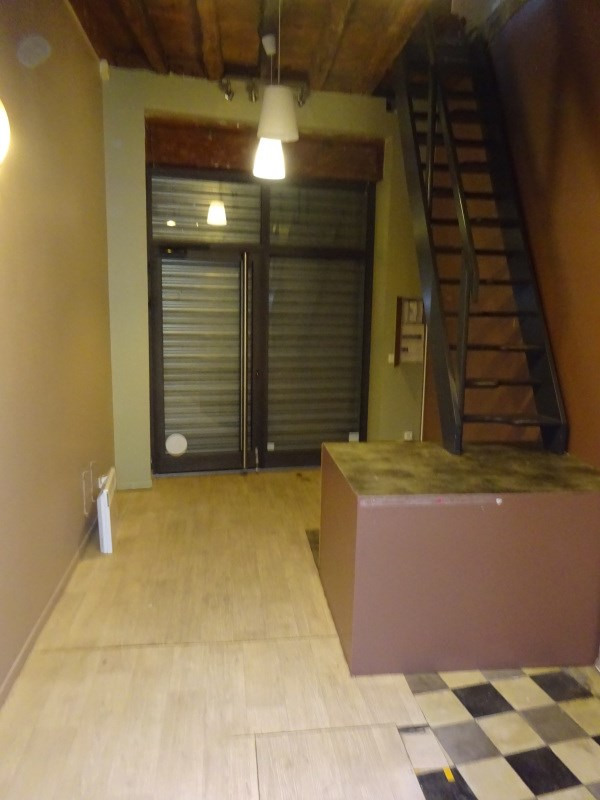 Rental empty room/storage Ste foy les lyon 685€ CC - Picture 3