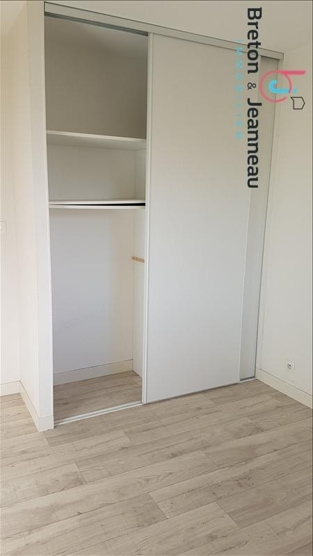 Location appartement Le bourgneuf la foret 386€ CC - Photo 6