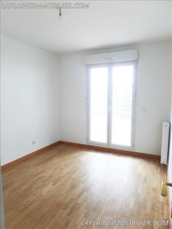 Rental apartment La plaine st denis 1 150€ CC - Picture 4