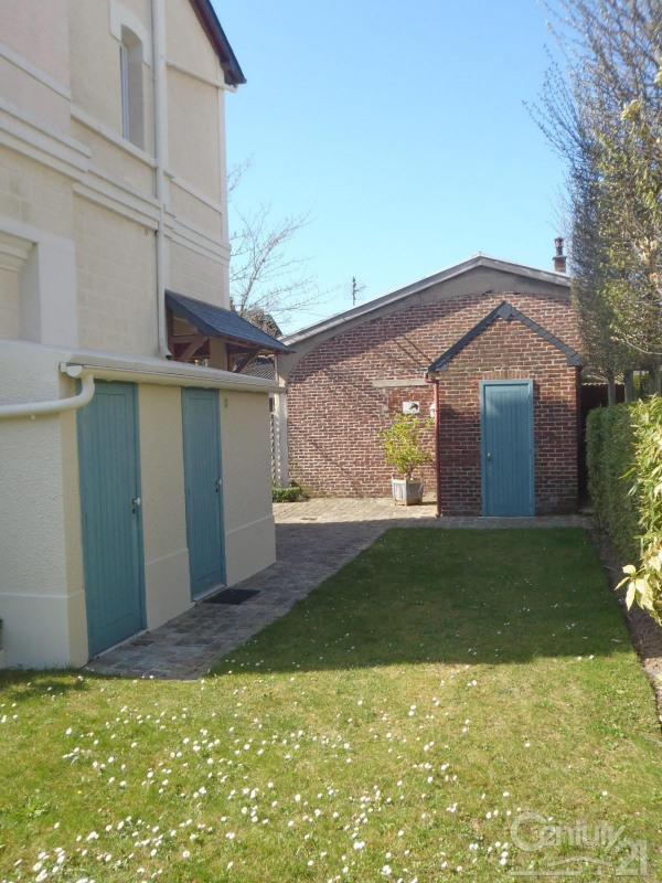 Revenda residencial de prestígio casa Deauville 562000€ - Fotografia 12