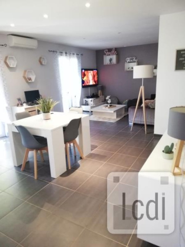 Vente maison / villa Pierrelatte 238 000€ - Photo 3