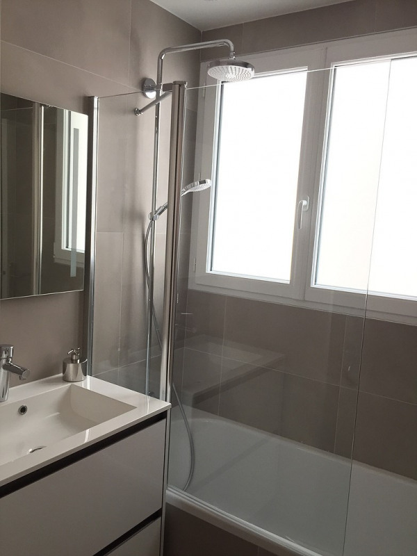 Location appartement Paris 19ème 2150€ CC - Photo 6