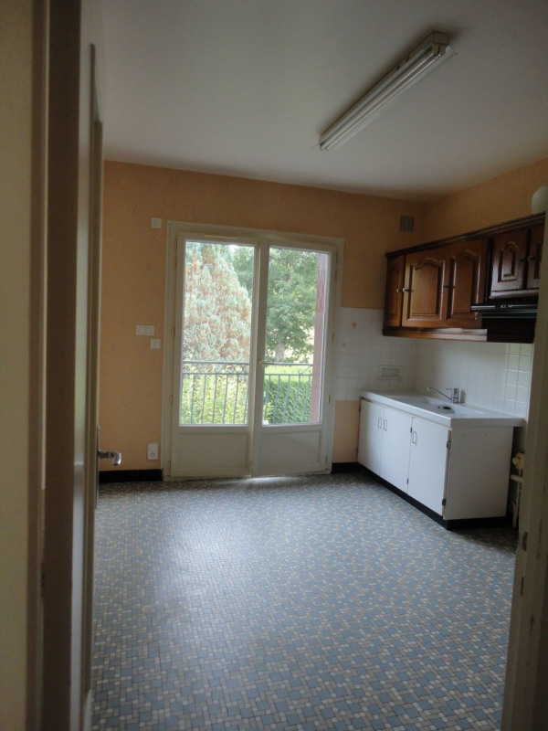 Vente maison / villa St victurnien 122000€ - Photo 4