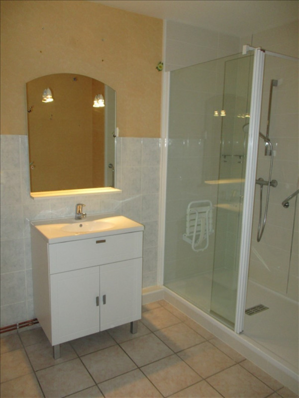 Sale apartment Riorges 117 700€ - Picture 4