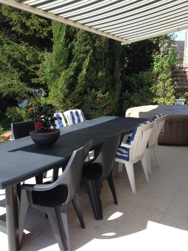 Sale house / villa Savonnieres 273000€ - Picture 2