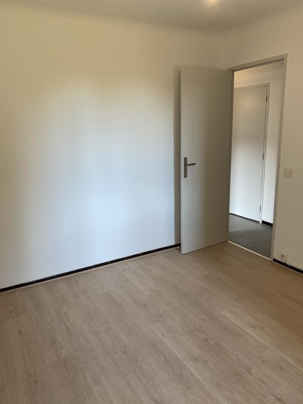 Location appartement Aix en provence 980€ CC - Photo 7