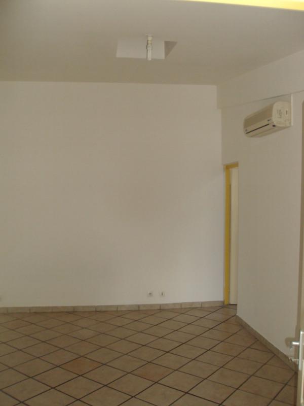Rental apartment Ravine des cabris 520€ +CH - Picture 6