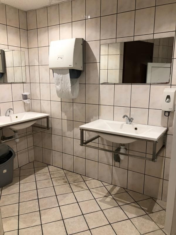 Commercial property sale shop Strasbourg 395900€ - Picture 10