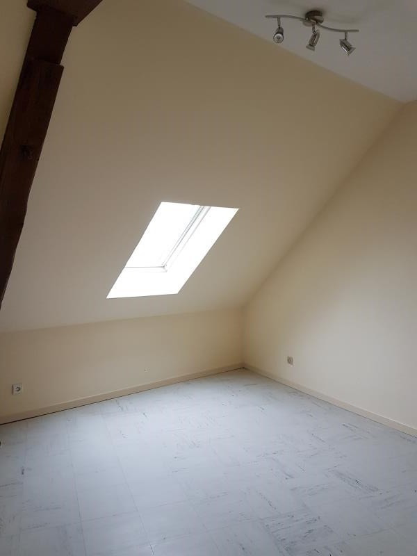 Location appartement Argent sur sauldre 368€ CC - Photo 5