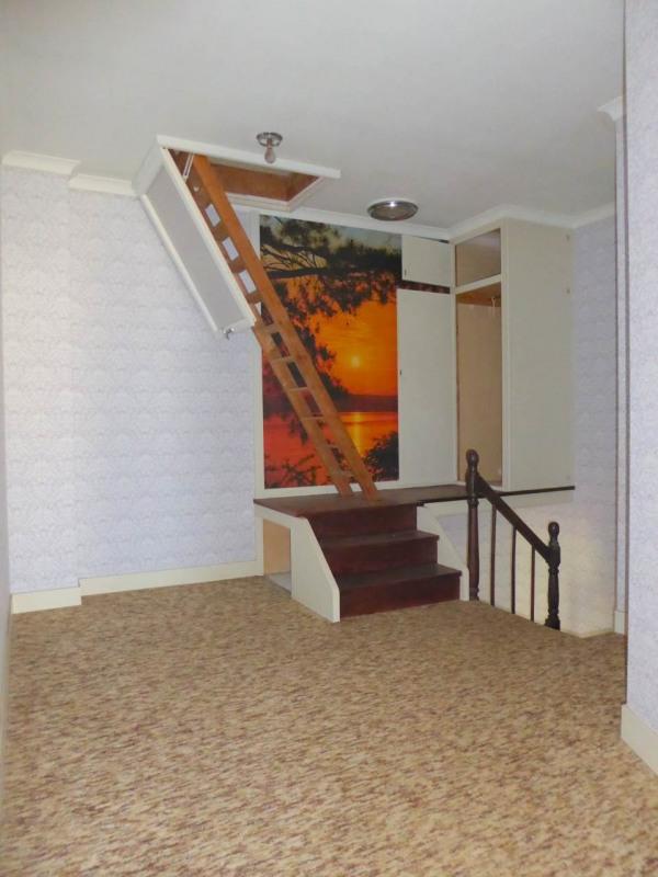 Sale house / villa Cherves-richemont 96750€ - Picture 7