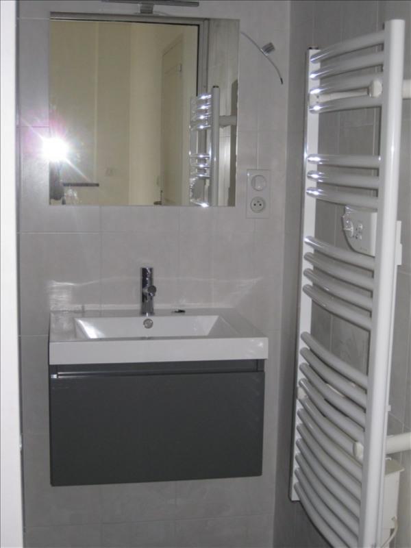 Location appartement 29350 385€ CC - Photo 5