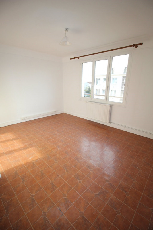 Location appartement Champigny sur marne 995€ CC - Photo 5