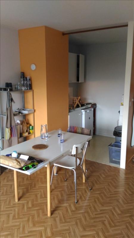 Rental apartment La roche sur yon 440€ CC - Picture 3