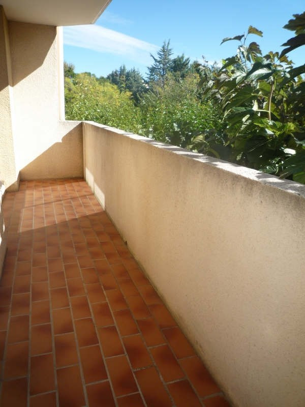 Rental apartment Aix en provence 776€ CC - Picture 2