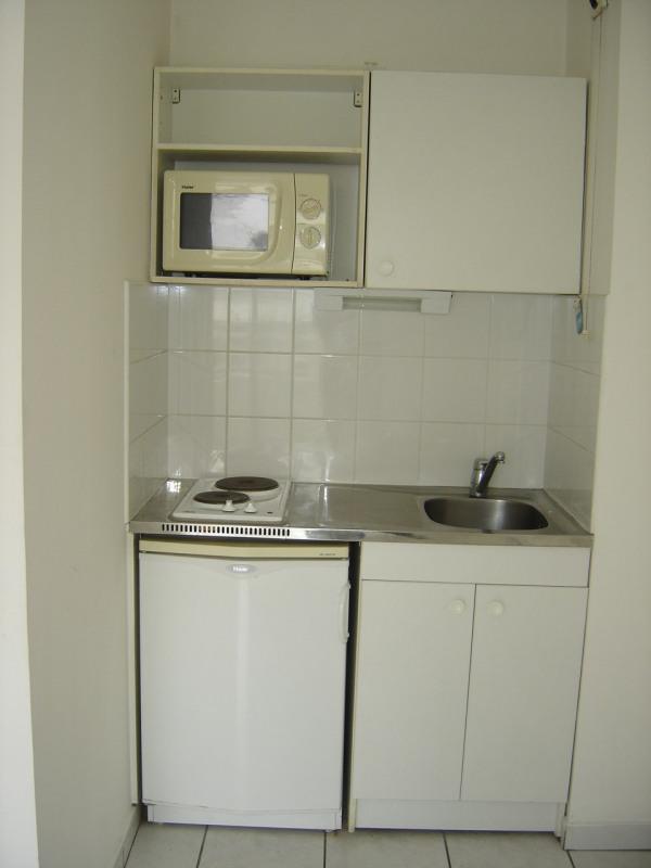 Alquiler  apartamento Sainte clotilde 364€ CC - Fotografía 2