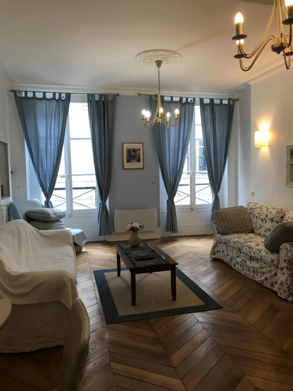 Rental apartment Paris 8ème 2 690€ CC - Picture 2