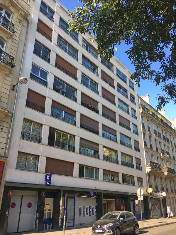 Location appartement Paris 9ème 715€ CC - Photo 2