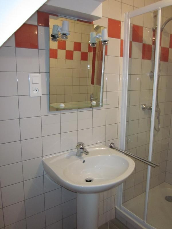 Location maison / villa Scherwiller 540€ CC - Photo 4