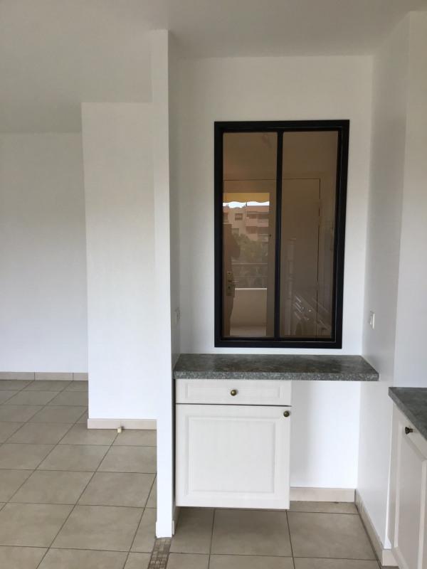 Rental apartment Fréjus 790€ CC - Picture 3