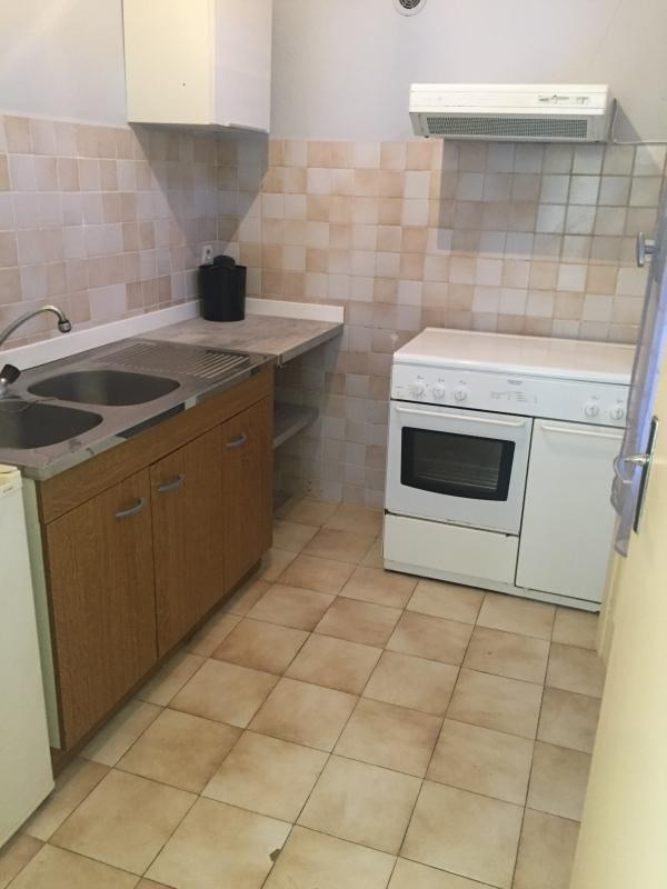 Location appartement Propriano 550€ CC - Photo 2