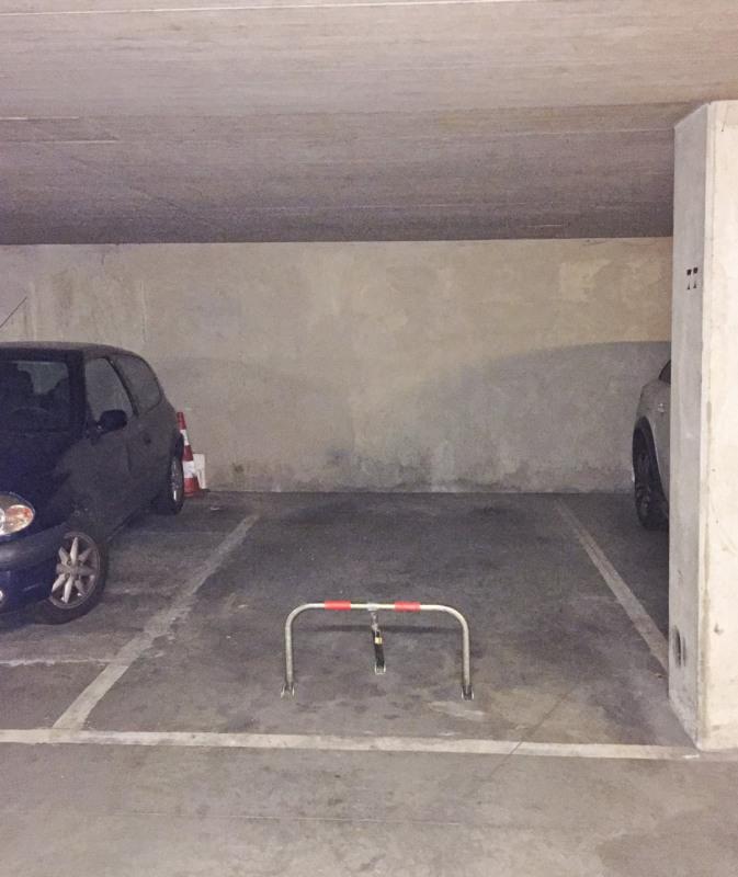 Location parking Paris 20ème 85€ CC - Photo 2