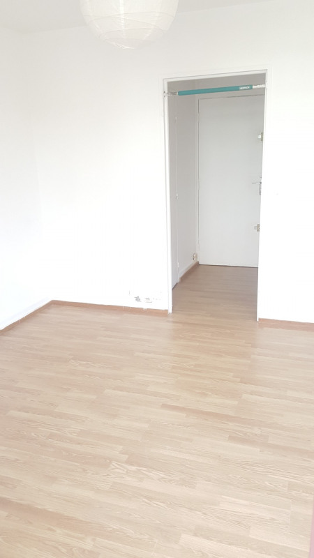 Location appartement Montreuil 733€ CC - Photo 2