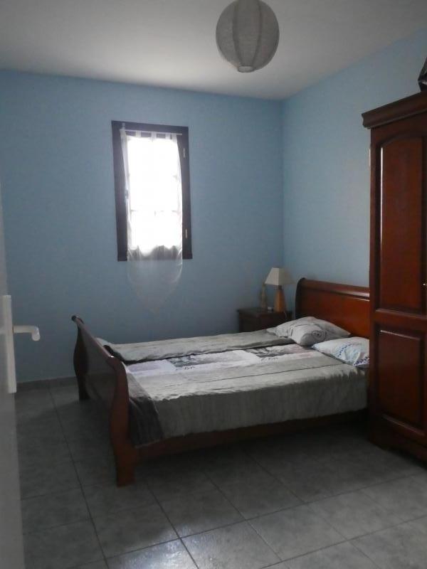 Sale house / villa Les trois mares 320000€ - Picture 4