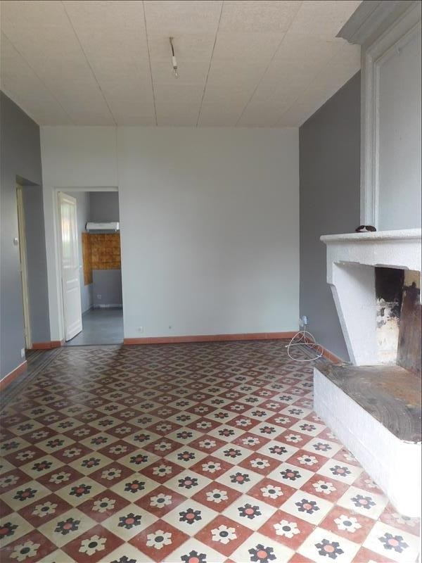 Location maison / villa St andre de cubzac 712€ CC - Photo 3