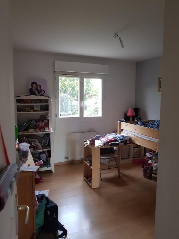 Location maison / villa Castres-gironde 960€ CC - Photo 12