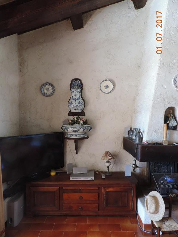 Short-term rental house / villa Les issambres 1050€ CC - Picture 10