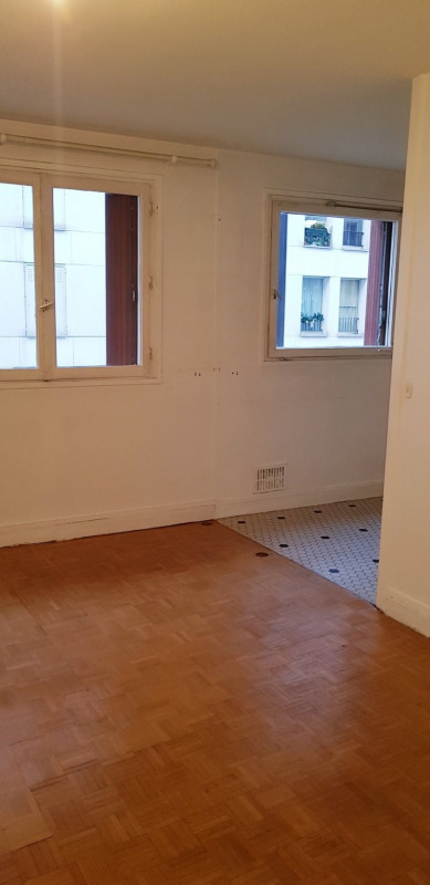 Sale apartment Paris 11ème 227900€ - Picture 2