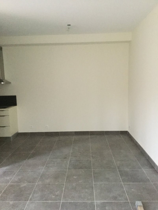 Location appartement Vineuil st firmin 790€ CC - Photo 4