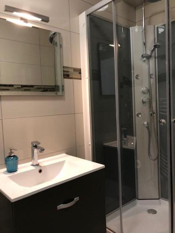 Rental apartment Paris 17ème 2400€ CC - Picture 4