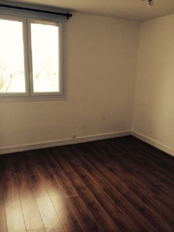 Location appartement Le pecq 942€ CC - Photo 3
