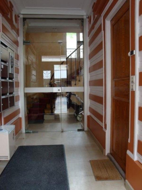 Location appartement Paris 15ème 1595€ CC - Photo 5