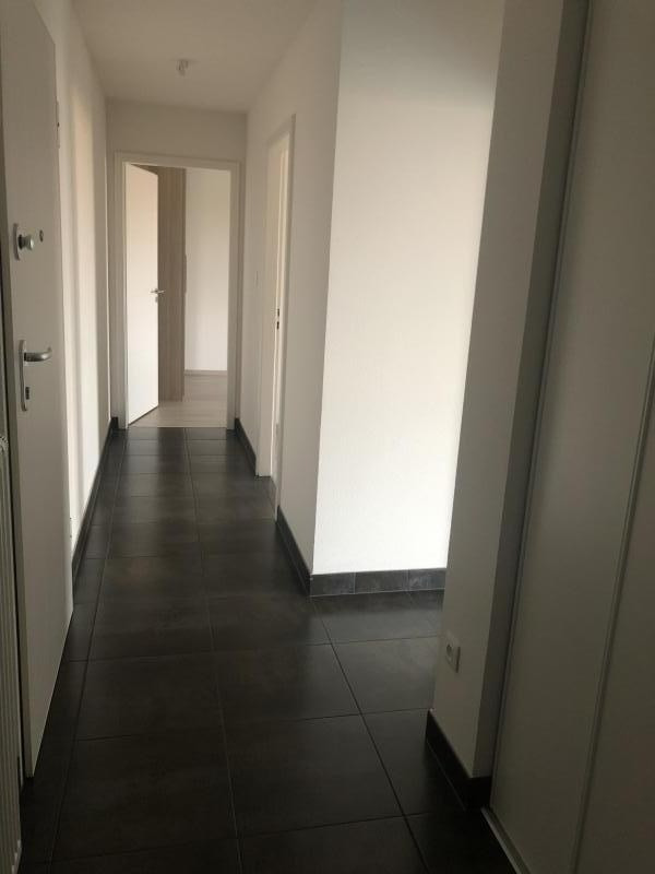 Rental apartment Entzheim 820€ CC - Picture 7