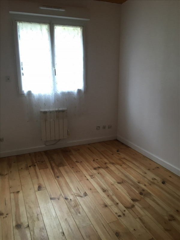 Location maison / villa St romain en gal 625€ CC - Photo 4