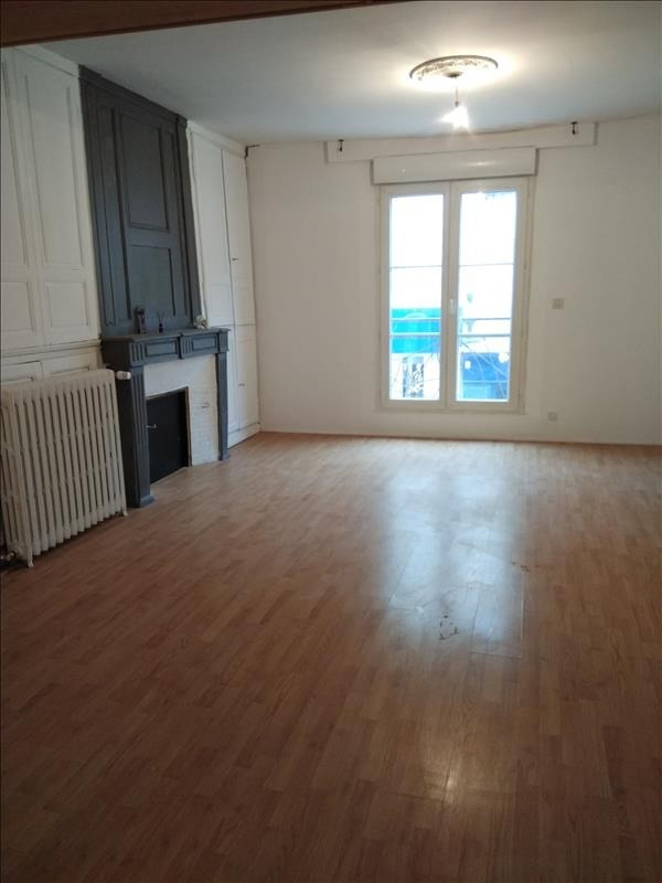 Rental apartment Vendome 550€ CC - Picture 2